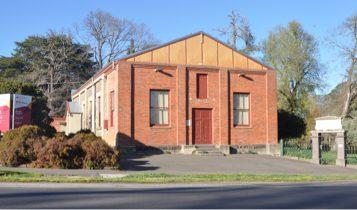 baynton-town-hall